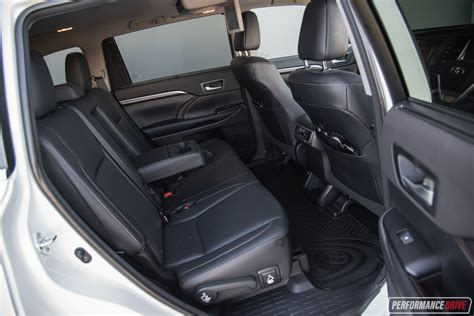 toyota kluger second should you buy a toyota kluger performancedrive