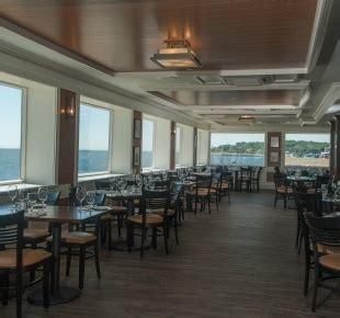 coast guard house narragansett ri coast guard restaurant narragansett ri waterfront bar lounge goingout