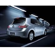 2007 Toyota Blade Premium JDM Auris  Catalog Cars