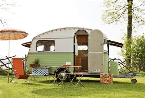 kleine blockhütte mieten kleine zeitreise im wohnwagen sweet home