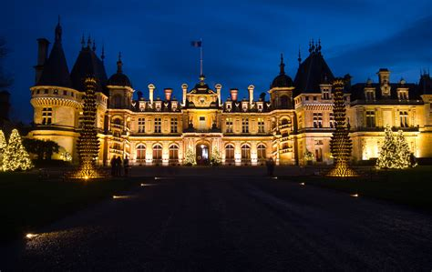 waddesdon manor christmas lights 2015