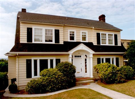 exle 2 colonial style homes exterior painting torgerson company seattle residential