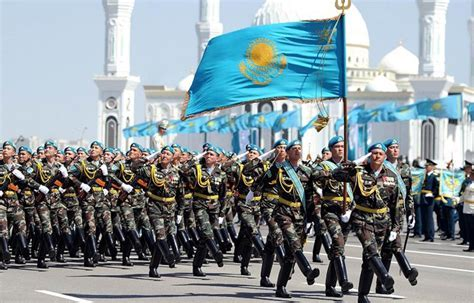 Military parade commemorates Fatherland Defenders? Day