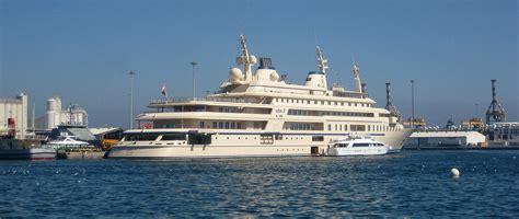 Die Yacht by Die Yacht Des Sultans F 252 Nfkommasechs De