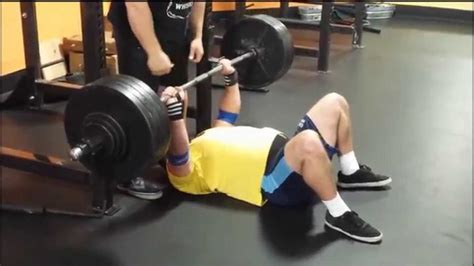 bench floor press martin azzam 440 lb raw floor bench press youtube