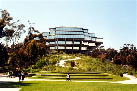 Sinking Library the ucsd library is sinking philosophiae agonistes