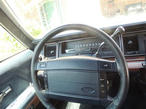 Ford Crown Interior by 1991 Ford Ltd Crown Pictures Cargurus