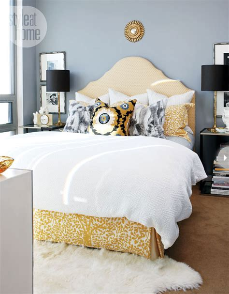 Grey And Yellow Bedrooms by Yellow And Gray Bedroom Bedroom Style