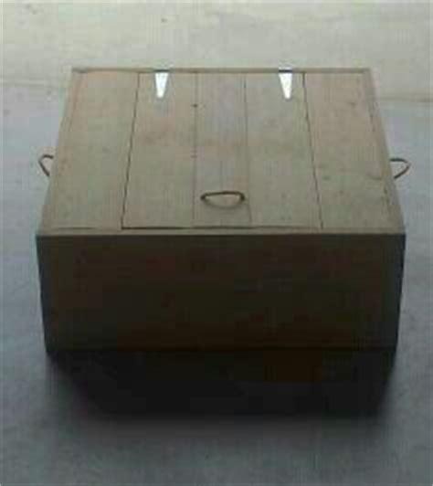 salontafel geschuurd hocker salontafel van gebruikt steigerhout op zwenkwielen
