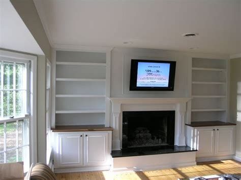 Built In Shelves Around Fireplace by Built In Bookshelves Around Fireplace Interior Design