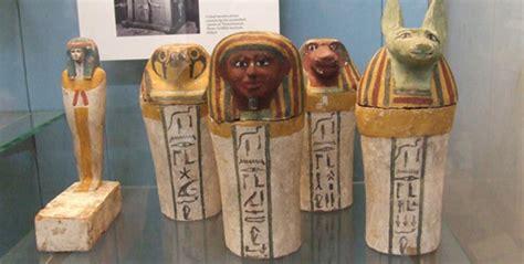 vaso funerario egizio biblioteca giubileo cultura egizia