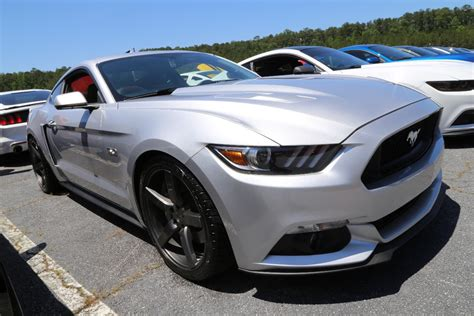 mountain mustangs 10th annual mustangs at the mountain show draws 400 cars