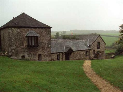 1 bedroom cottage to rent in old holcombe water farm