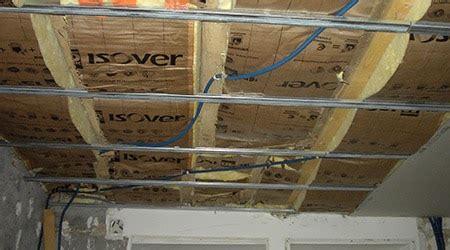 Rabaisser Un Plafond by Pose Faux Plafond Suspendu Maison Travaux