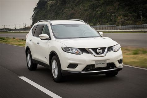 Nissan X Trail Hybrid 2015 Reviews Prices Ratings With