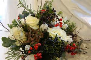 Christmas wedding bouquets christmas wedding bouquets pictures