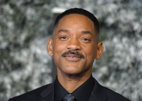 film 2017 will smith will smith circling disney s live movie adaptation for dumbo
