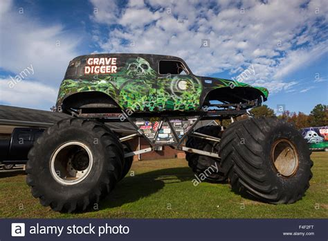 grave digger carolina truck carolina poplar branch digger s dungeon home of