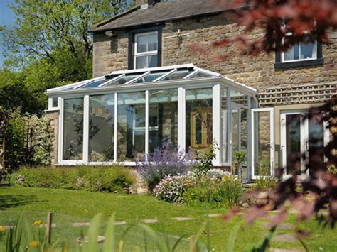 Sunroom Styles Sunrooms A Sound Investment For Any Property