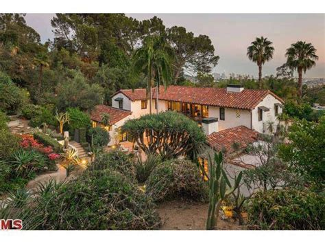 collide pattinson gets big for los feliz home