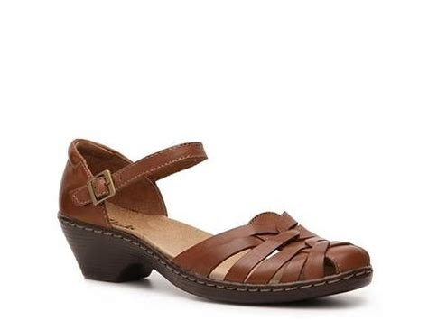 dsw comfort sandals clarks wendy land sandal clarks sandals and office shoes