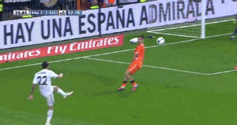 ronaldo juventus goal gif goal ronaldo gif find on giphy