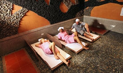 base rock room king spa king spa and sauna chicago in niles il groupon
