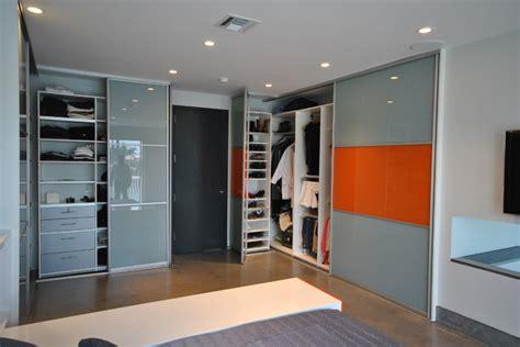 Closet Doors In Miami by Modern Sliding Closet Doors Modern Closet Organizers