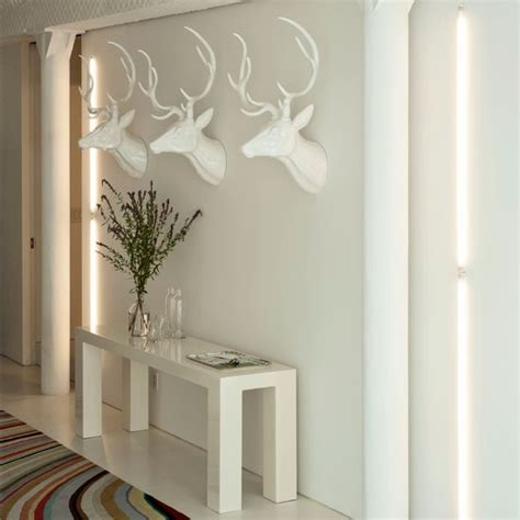 Modern Hallway Decorating Ideas by Modern White Hallway Hallway Decorating Ideas