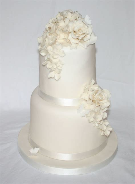 white 2 tier wedding cake the world s catalog of ideas