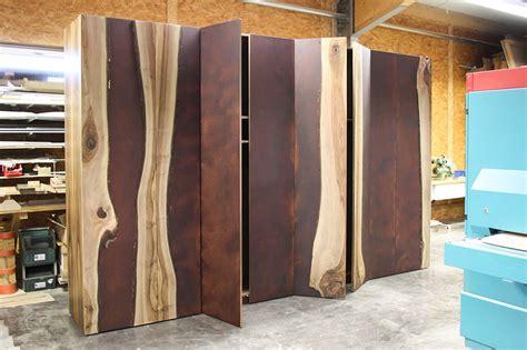 schrank massivholz schrank aus massivholz jonny b m 246 belwerkstatt