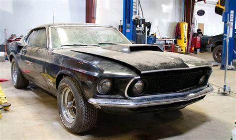 Greenlight Car Garage 69 Mustang 302 gas monkey garage mustang 429 car interior design