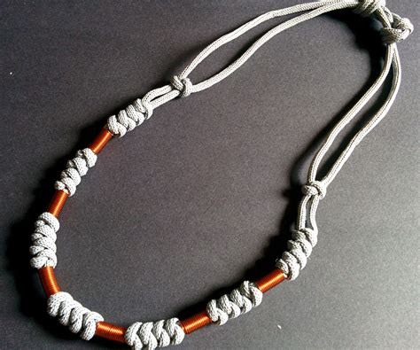 paracord and wire necklace 4