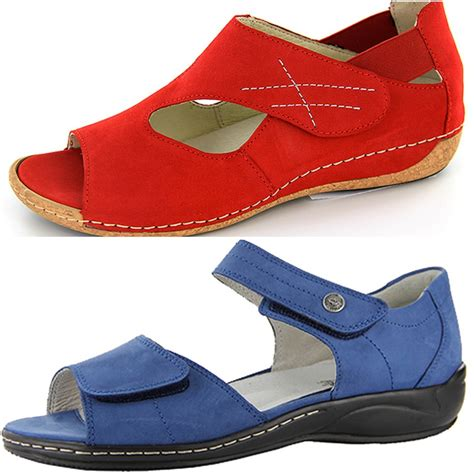best comfortable shoes for travel globetrotting moms best shoes for traveling near and far