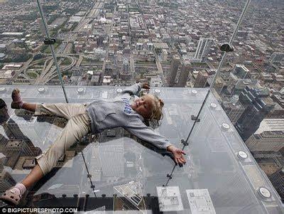 Glass Floor Building Chicago highest glass floor of the world in chicago usa world