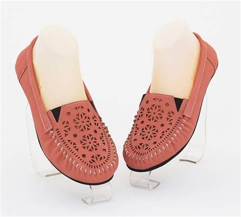 sepatu casual trendy bagus sepatu casual cantik modis trendy nyaman dipakai warna