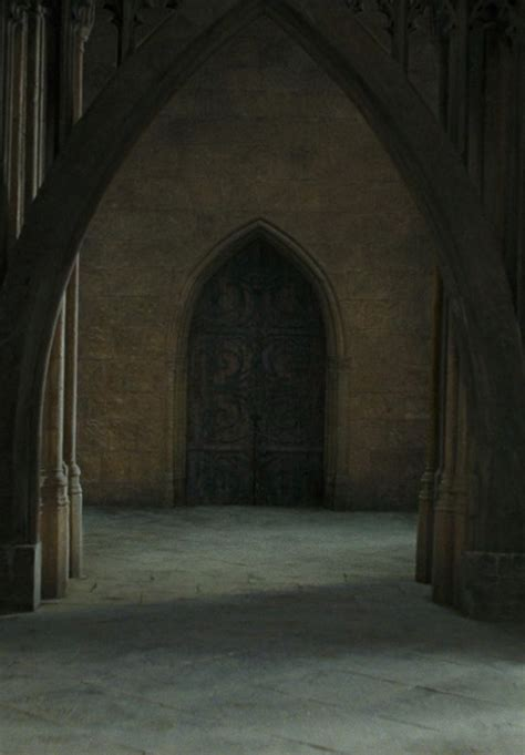 harry potter room of requirement entrance to the room of requirement harry potter set design etc harry potter
