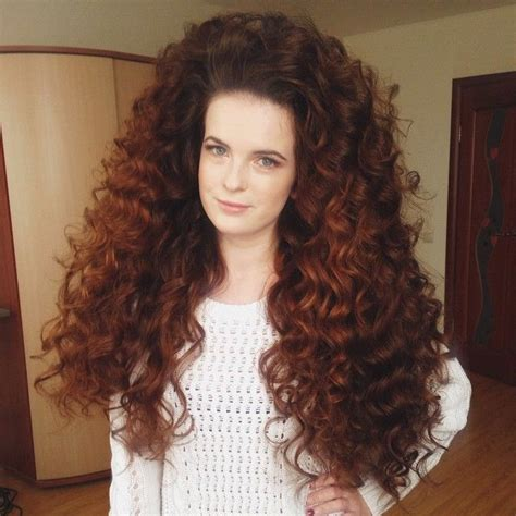 wiki frizzy hair big frizzy hair long big curly hair hairstyles pinterest