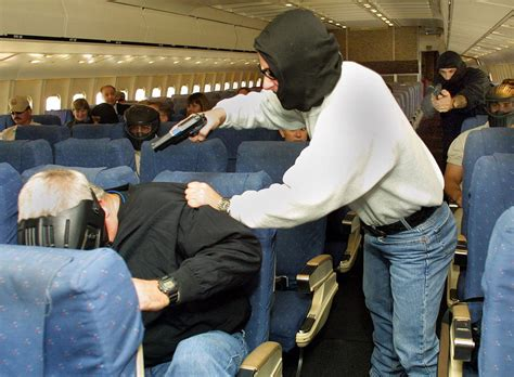 a retired us marshal s guide to becoming a enforcement officer books how air marshals make flying more dangerous new york post