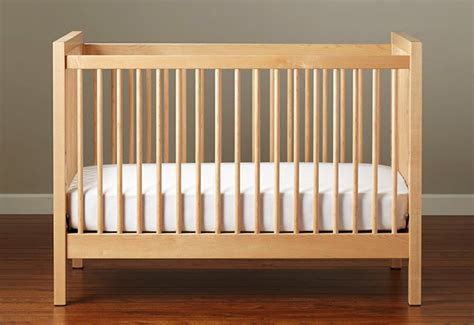 baby refuses to sleep in crib baby refuses to sleep in crib baby refuses crib sleeping