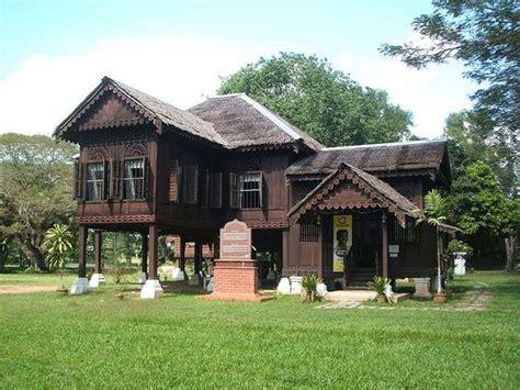 rumah rumah tradisional di malaysia pinterest the world s catalog of ideas