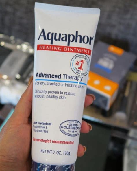 aquaphor on tattoos 25 best ideas about aquaphor for tattoos on