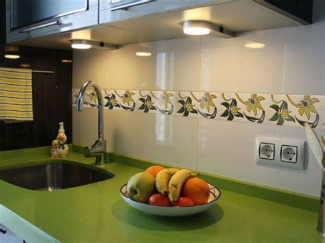 pintar cenefa cocina c 243 mo renovar la cenefa de la cocina o el ba 241 o bricolaje