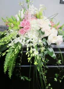 flower arrangements for funeral 17 best ideas about funeral arrangements on funeral flowers funeral flower