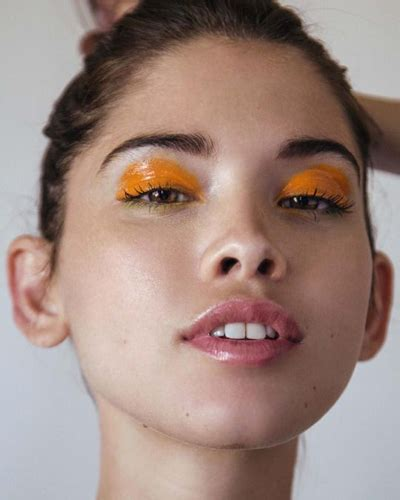 Viny Eyelash Curler Tiwok this season make the runway makeup wearable runway