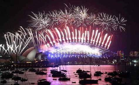 new year dinner 2018 sydney amid heavy security millions across the world celebrate