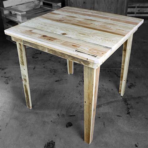 arredare con pedane di legno tavoli con pedane dragtime for