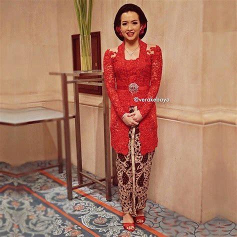 Kutubaru Anak Kebaya Anak Merah Lombok biar ibu atau calon ibu mertuamu makin sayang coba deh hadiahkan kebaya dengan 8 style yang tak