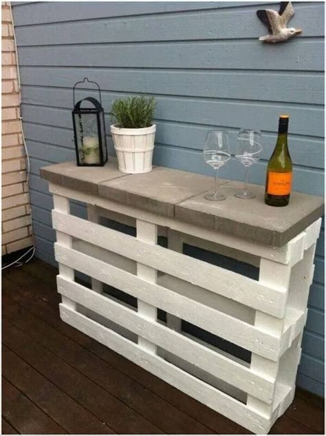Outside Bar Top Ideas by 10 Cool Diy Outdoor Bar Ideas For Summer