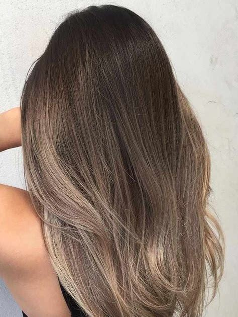 model warna rambut panjang wanita  model terbaru
